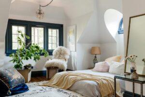 15 Brilliant Tricks to Make Your Bedroom Cozier